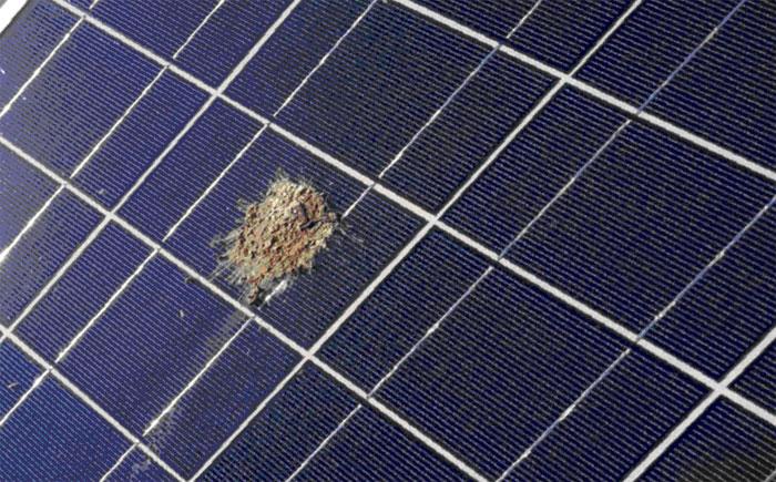 lipiar paneles solares